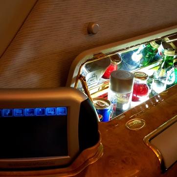 05_first class minibar