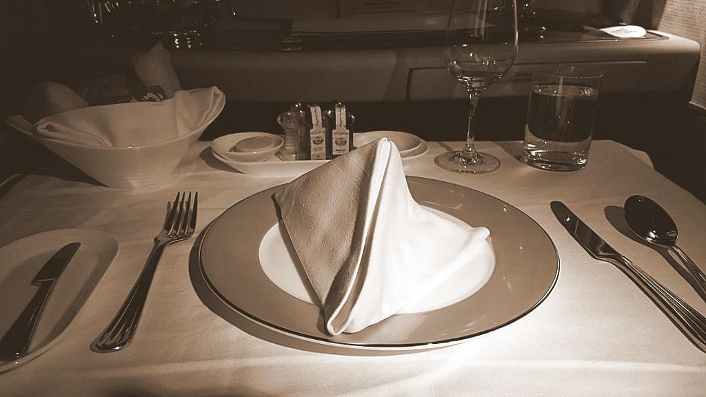 06_First class Dinner