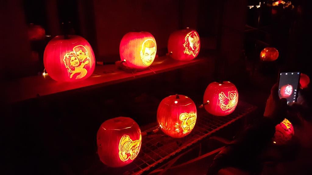 Pumpkin lighting 5