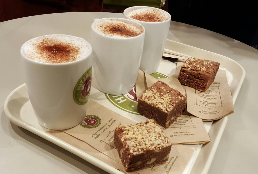 Cappuccino and brownie